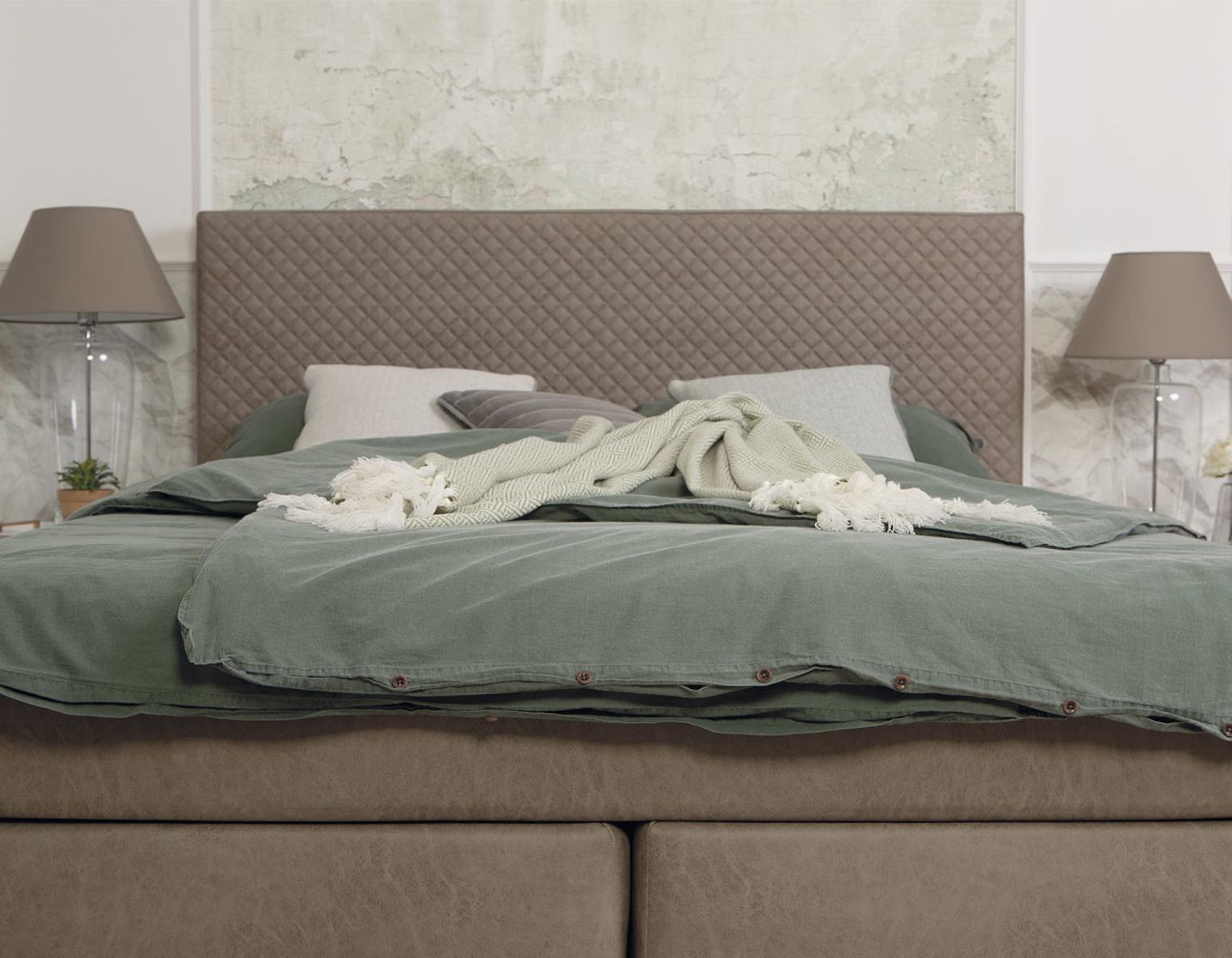 KINSHASA tapecirani krevet Hespo
